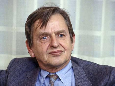 Olof Palme vuonna 1984. Hänen surmattiin Tukholman keskustassa vuonna 1986.