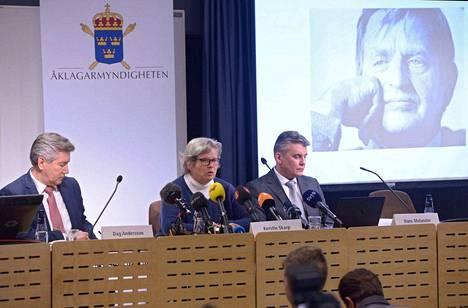 Ruotsin poliisi järjesti murhasta torstaina tiedotustilaisuuden.