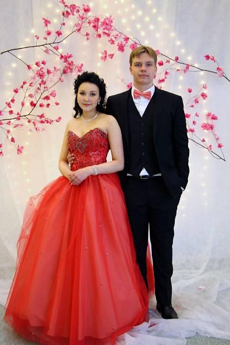 Hannah Nickel ja Roope Korkeakoski.