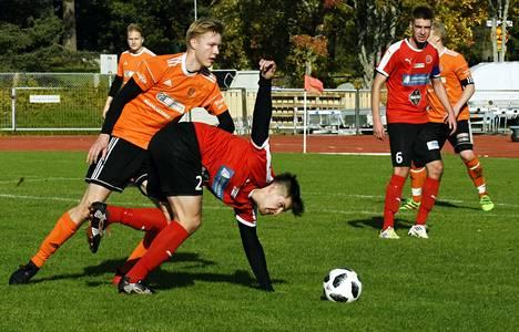 Palloseppojen Elias Tolvanen teki torstain pelissä kaksi maalia Seppojen voittaessa Janakkalan Pallon Apian nurmella lukemin 6–1.