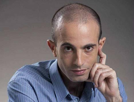 Yuval Noah Harari opettaa Jerusalemin Hebrew-yliopistossa erityisaloinaan maailmanhistoria, keskiajan historia sekä sotahistoria.