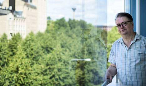 Mikko Lehtonen asuu Hämeenpuistossa Tampereen työväen teatteria vastapäätä. Kulinaristin lempiravintola, Ravitsemisliike Aisti, sijaitsee vaarallisen lähellä teatterin alakerrassa. – Kun on tullut ikää, olen alkanut ajatella, että koska jäljellä on rajallinen määrä aterioita, niiden on oltava hyviä.