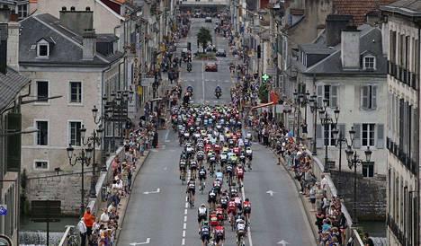 Tour de Francen ympärillä piisaa vilskettä.