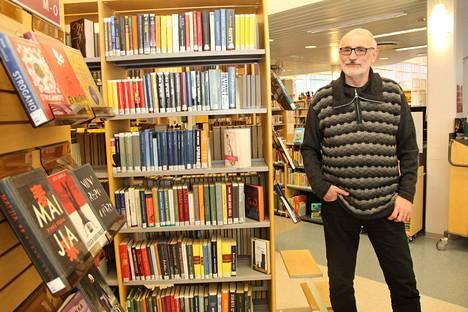 Millainen sosialisti Eero Pirttijärvi on? – Näkökantani ovat monessa vasemmistolaisia, perinteistä sosialidemokraattisuutta. Olen mukana seurakunnan toiminnassa, ja minulla kristilliset arvot ja vakaumus.