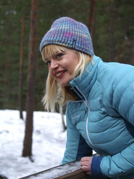Tara Povey kirjoittaa blogia nimeltä WhereisTara?
