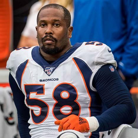 Von Miller on NFL:n puolustuspään tähtipelaajia.