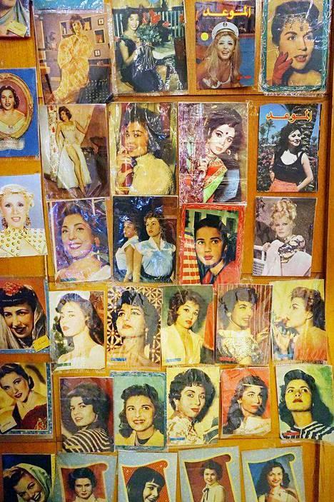 Aswanin kansainvälinen naisten elokuvafestivaali järjestettiin ensimmäinen kerran helmikuussa. Järjestäjinä olivat riippumattomat taiteilijat, ja festivaalia tuki Egyptin hallitus. Pääteemana oli naisiin kohdistuva väkivalta. Elokuvia oli 30 maasta.