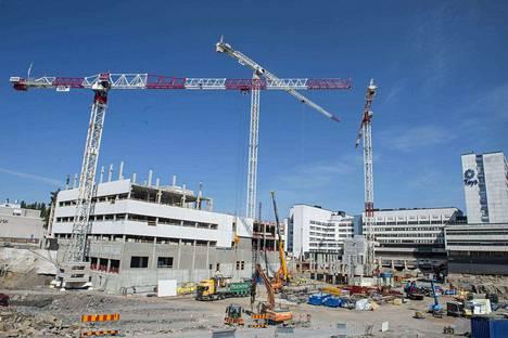 Maakuntien tilakeskus osakeyhtiöön siirtyy kiinteistöjä sairaanhoitopiireistä. Kuva on Pirkanmaan sairaanhoitopiirin Etupiha-rakennushankkeesta.
