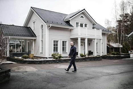 Hannu Peltosen perheelle valmistui talo Niemen alueelle vuonna 2012.
