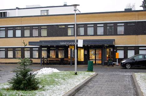 Nokian kaupungin terveyskeskussairaala toimii uuden hyvinvointikeskuksen rakentamisen ajan kahdessa väistötilassa, joista toinen on Lempäälän terveyskeskuksen rakennuksessa.