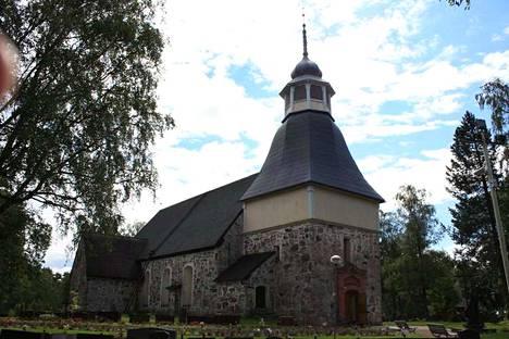 Kalannin Pyhälle Olaville omistettu kirkko on rakennettu 1300-luvun lopulla.