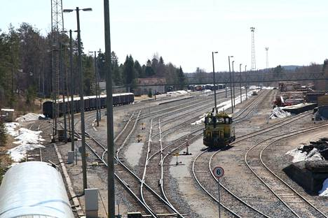 Kirjoittaja kysyy, miten etenee Haapamäki, rautatieläiskylä -projekti.