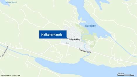 Vauhkoontunut peura oli hypännyt ikkunasta sisään Urjalan Halkotarhantiellä keskiviikkoaamuna.