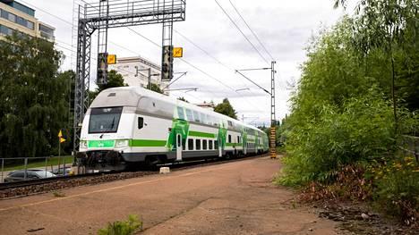 Amurin seisakkeen rakenteita on Tampereella jäljellä rautatien Särkänniemen puoleisella alueella. Yleiskaavaan se merkittäisiin tutkittavana ohjeellisena lähijuna-asemana, mikä tarkoittaa, että sen ratatekninen, liikenteellinen ja taloudellinen toteuttamiskelpoisuus tulee tutkia osana seudullista lähijunajärjestelmää.