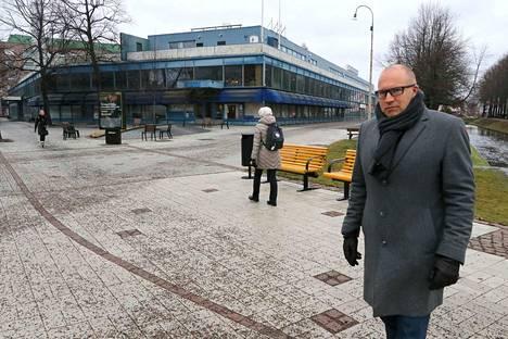 –Rakennustyöt alkavat, kunhan vuokrasopimuksia on riittävä määrä, Ganal Kehitys Oy:n toimitusjohtaja Jari Pölönen sanoo.