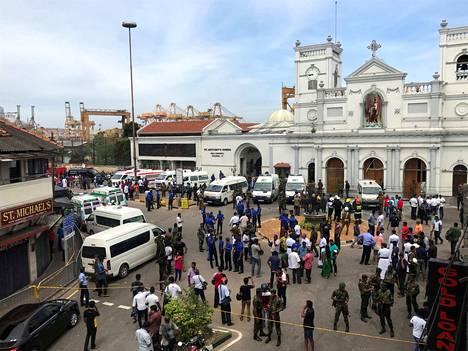 Räjähdyksiä tapahtui Sri Lankan pääkaupungissa Colombossa sijaitsevissa kirkossa.