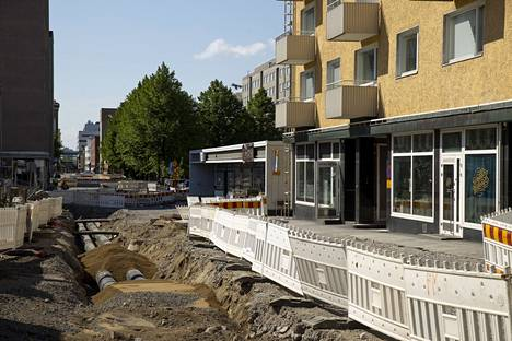Pinninkadun remontin yhteyteen ajoittuivat yksityisten taloyhtiöiden tilaamat kaukojäähdytysratkaisut sekä sata vuotta vanhojen vesi- ja viemäriputkien uusinnat