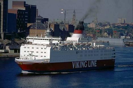 Tältä näytti Viking Sally. Myöhemmin se tunnettiin M/S Estoniana.