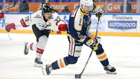 Jarkko Immosen perässä roikkunut Eemil Erholtz teki Mikkelissä ensimmäisen liigamaalinsa Ässien peliasussa synnyinkaupungissaan.