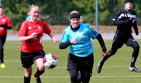Maria Tetri iski kaksi maalia FC Nokian sinipaidoille joukkueen noustessa 4-2 kotivoittoon Patoa vastaan.