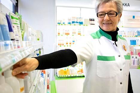 Turengin apteekkari Riitta Andersin kertoo apteekin vuokrasopimuksen olevan voimassa vuoden loppuun saakka. Jatkosta ei toistaiseksi ole tietoa.