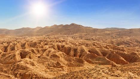Saharan aavikolta löydetty kivi voi auttaa tutkijoita ymmärtämään paremmin, miten ja millaisissa olosuhteissa Aurinkokunta ja maapallo aikoinaan muodostuivat. Kuvituskuva