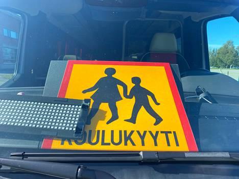 Janakkalan koulukyydit suunnitellaan Hämeenlinnasta käsin.