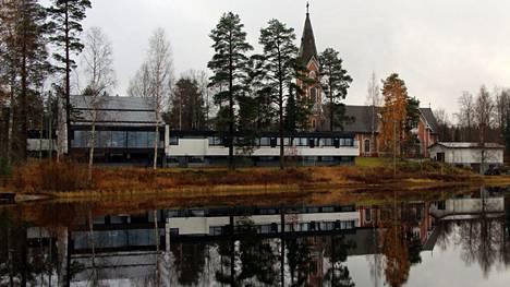 Kirkkohallituksen täysistunto myönsi Multian kirkon korjaukseen noin 1,2 miljoonaa euroa kokouksessaan 20. huhtikuuta.