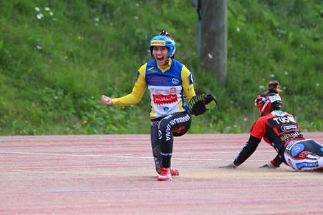 Janan Riina Kanerva toi joukkueelle lauantaina yhden juoksun.