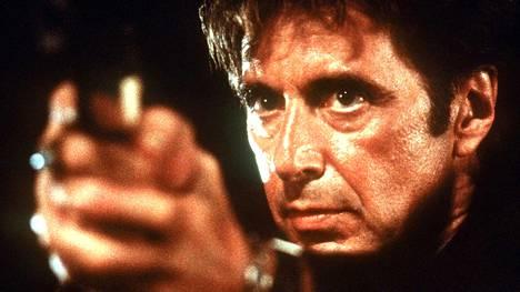 Heat - ajojahdissa Al Pacino on työlleen omistautunut konkaripoliisi Vincent Hanna.