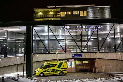 Suomen ainoa koronaviruspotilas kotiutettiin Lapin keskussairaalasta keskiviikkona hyväkuntoisena.