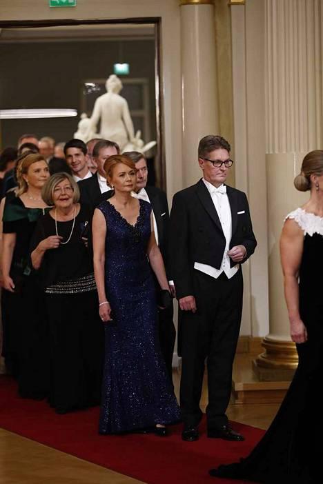 Satakunnan museon johtaja Juhani Ruohonen juhli presidentinlinnassa vaimonsa Sila Ruohosen kanssa