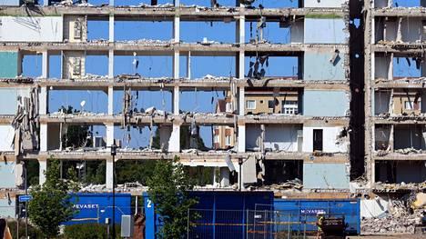 Jos kaikki etenee aikataulussa, Tampereen Hippostalo on purettu maan tasalle heinäkuun puoliväliin mennessä. Tältä rakennus näytti tiistaina 22. kesäkuuta kello 10 aamulla.