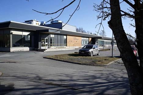 Itä-Porin terveyskeskuksen toiminta muuttaa maanantaista alkaen toistaiseksi perusturvan muihin tiloihin.