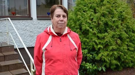 Marja-Liisa Tusa toivoo, että Osuuspankin Nokian konttori olisi auki ilman ajanvarausta edes yhden päivän viikossa.