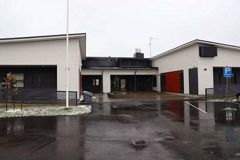 Nokian terveyskeskuksen vuodeosasto muutti kevään lopulla Harjuniittyyn väliaikaisiin tiloihin uuden hyvinvointikeskuksen rakentamisen ajaksi.