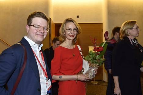 Tytti Tuppurainen ottaa Eurooppaministerin tehtävien oheen omistajaohjausministerin salkun.