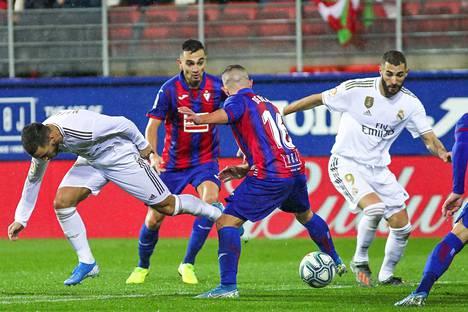 Eden Hazard, Karim Benzema ja kumppanit pääsevät pian taas tositoimiin Espanjassa.
