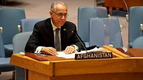 Äärijärjestö Taleban haluaa puhua YK:n yleiskokouksessa, samoin syrjäytetyn hallinnon YK-edustaja Ghulam Isaczai (kuvassa).