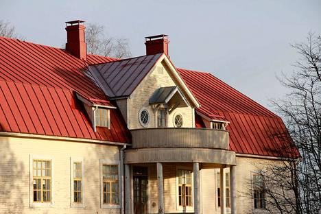 Kirkkoneuvosto kokoontui perjantaina iltapäivällä Kokemäen kirkkoherranpappilassa.