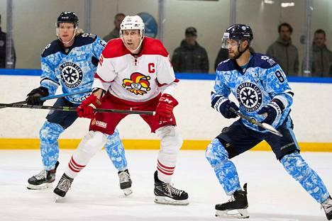 Marko Anttilan johtama Jokerit avaa KHL-kautensa tänään.