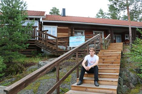 Jeremias Grönqvist on onnistuneesti tehnyt Eteläpäätä tunnetuksi Facebookin avulla. Suunnitelmissa on muitakin markkinointipanostuksia.
