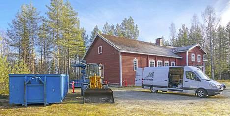 Häkkisen Maaseutuseura saa 14 000 euron valtionavustuksen omistamansa ja ylläpitämänsä seurantalo Harjulinnan vesikaton korjauksen kuluihin ja vesikaivon rakentamiseen.