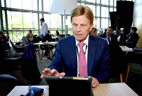 Keskustan Mauri Pekkarinen teki useamman viikon mepin töitä jo ennen istuntokauden virallista alkua.
