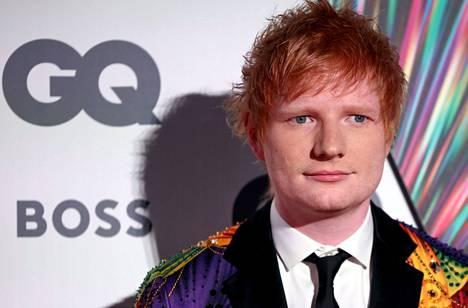 Ed Sheeran on ensimmäinen remontoidulle Olympiastadionille toistaiseksi julkaistu ulkomainen esiintyjä. Hänet kuvattiin Lontoossa GQ Men Of The Year Awards 2021 -juhlassa syyskuun alussa.