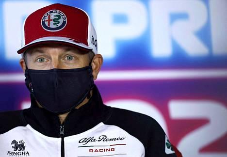 Kimi Räikkönen palaa kisoihin Venäjän GP:ssä, kun hän joutui jäämään kahdesta edelliskisasta pois koronatartunnan vuoksi.