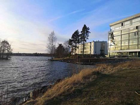 Sastamalan kaupunki suunnittelee rakentavansa kevyen liikenteen väylän siltoineen Liekoveden rantaan Onkiniemenkadun ja Santalahdenkadun väliselle alueelle.