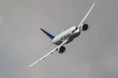 Erityisesti monissa Euroopassa maissa ihmiset ovat alkaneet vähentää lentämistä ilmastosyistä. Alan etujärjestön pääjohtajan mukaan ilmiö uhkaa lentoyhtiöiden taloutta.