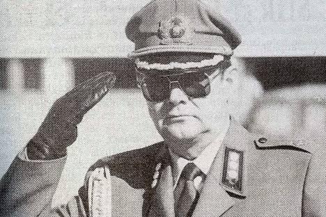 – Satakunnan Tykistörykmentin komentajuus on mielenkiintoinen ja vaativa työ, sanoo eversti Raimo Kaukonen.