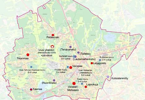 Kuvaan on merkitty punaisella monikulmiolla uusien kunnallisten päiväkotien mahdolliset sijainnit vaihtoehto A:ssa.